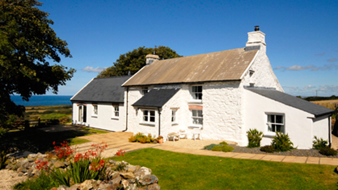 Tour of Pembrokeshire - Accommodation